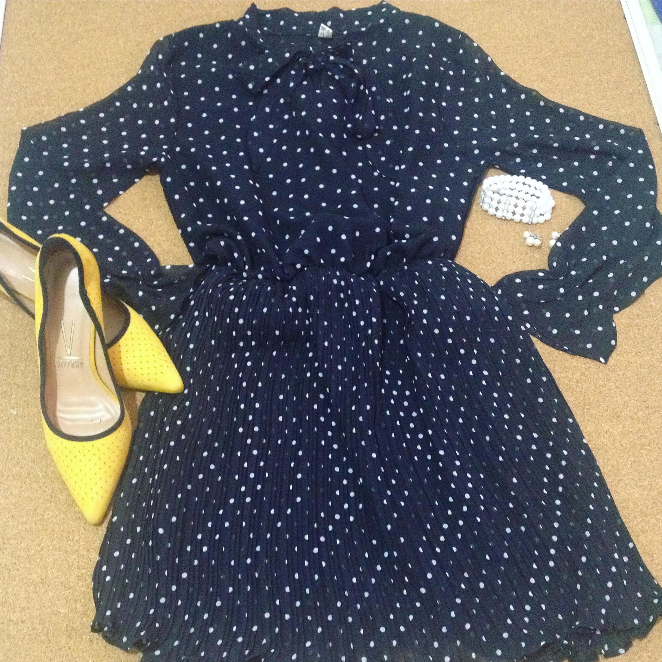 É um vestido de bolinhas… Banggood