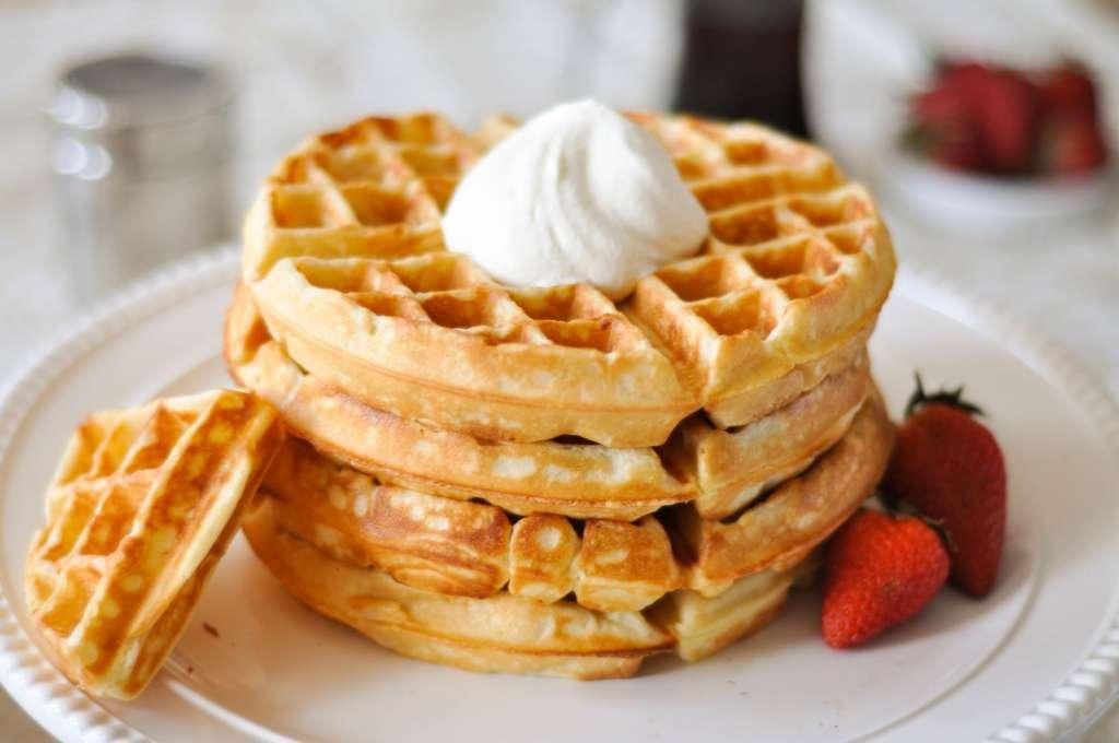 """Aprenda a fazer wafflioca"""", o waffle de tapioca"""