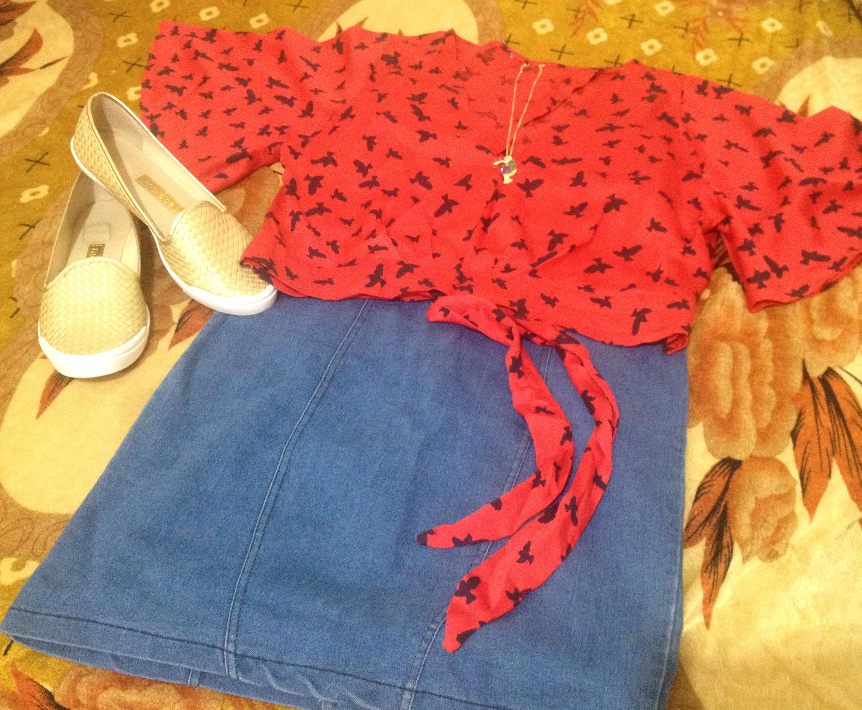 Usando vestido como saia