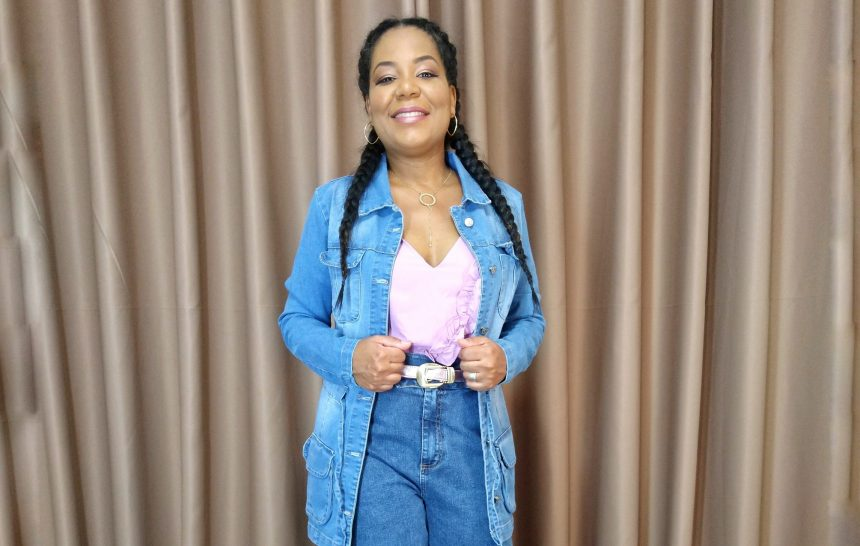 Outfit by Quintess | Mom Jeans
